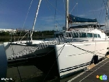 Lagoon 410 S2 Year = 2004 Length = 12.37 m