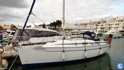 Bavaria 31 Cruiser Year = 1999 Length = 10.00 m