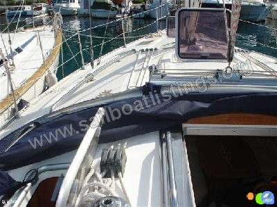Bavaria 39 CRUISER Year = 2006 Length = 12.14 m