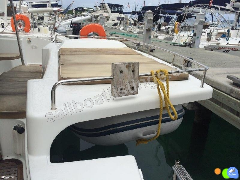 Fountaine Pajot Salina 48 evolution Year = 2011 Length = 14.30 m