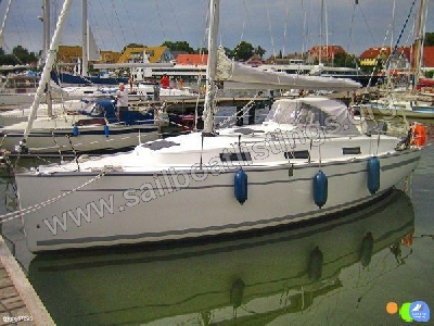 Bavaria Cruiser 32 Year = 2013 Length = 9.99 m