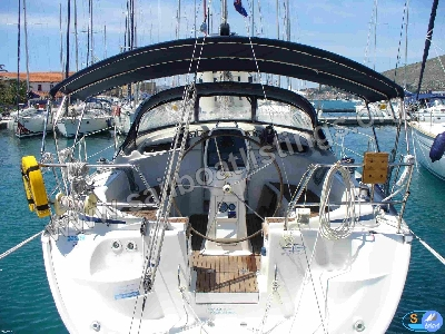 Bavaria 37 Cruiser Year = 2007 Length = 11.35 m