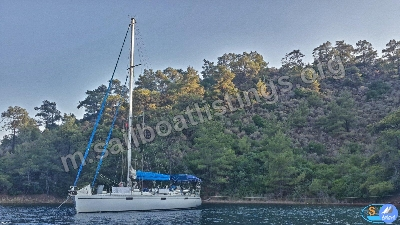 Beneteau Oceanis 430 Year = 1990 Length = 12.96 m