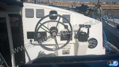 Fountaine Pajot Mahe 36 Year = 2006 Length = 11 m