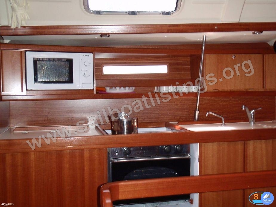 Dufour 385 Grand Large Year = 2007 Length = 11.72 m