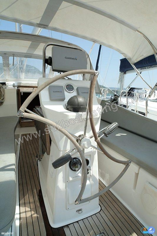 Bavaria Cruiser 36 Year = 2013 Length = 11.3 m