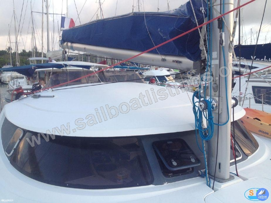 Fountaine Pajot Bahia 46 Year = 2003 Length = 14 m