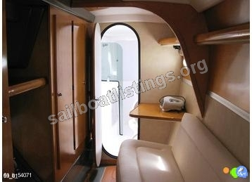 Fountaine Pajot Lavezzi 40 - Owner Version Year = 2006 Length = 11.50 m