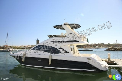 Sea Ray 455 Sedan Bridge Year = 2006 Length = 13.94 m