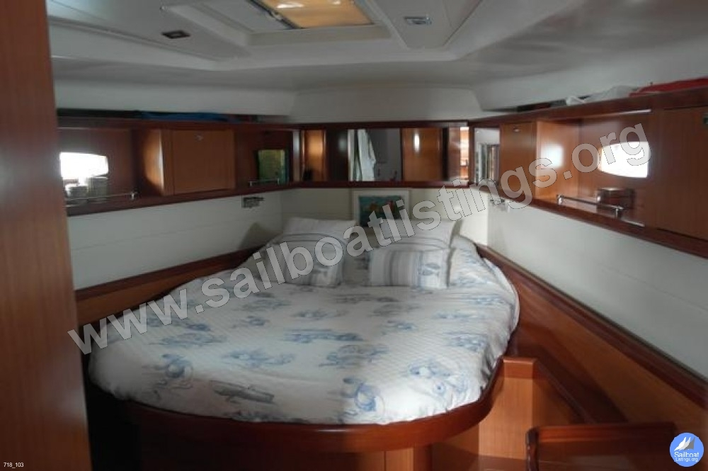 Beneteau Oceanis 50 Year = 2007 Length = 15.10 m
