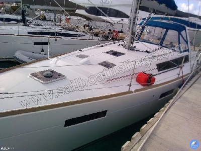 Beneteau Oceanis 41 Year = 2012 Length = 12.38 m