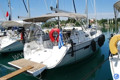 Bavaria Cruiser 37 Year = 2017 Length = 11.30 m