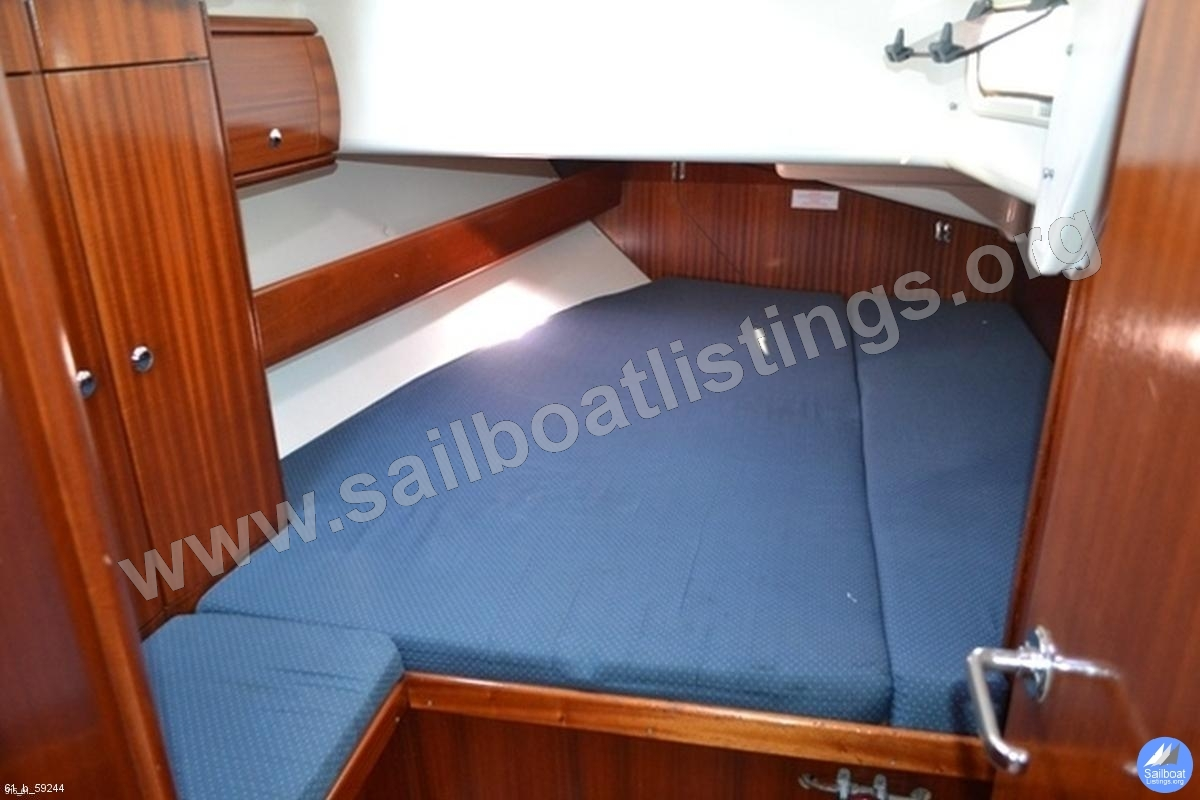 Bavaria 49 Year = 2003 Length = 15.40 m